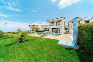 villas in chalkidiki greece hanioti 3